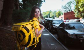Как устроиться на работу в сервис Яндекс Еда на машине